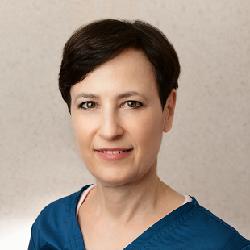 Amy Levav headshot